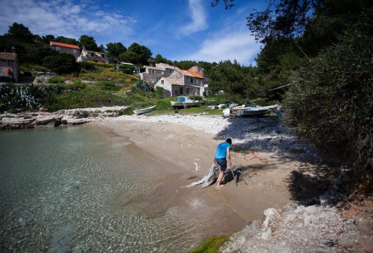 Zahtjev za proglašenjem otoka Biševa područjem značajnog krajobraza